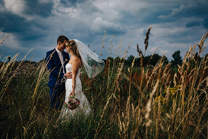 anne-and-tobi-hochheim-germany-wedding-shell-eide-photography-feature-photo