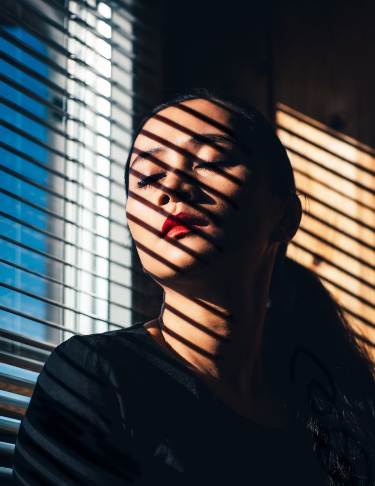 behind-the-blinds-shell-eide-photography