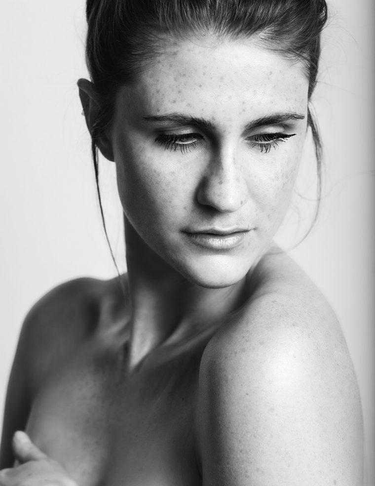 natural-white-background-model-shoot-shell-eide-photography-3