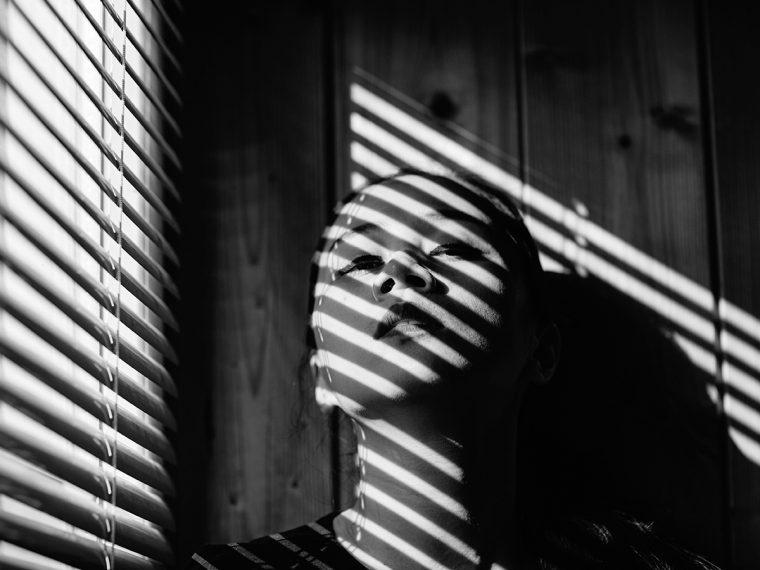 shadows-from-window-photoshoot-shell-eide